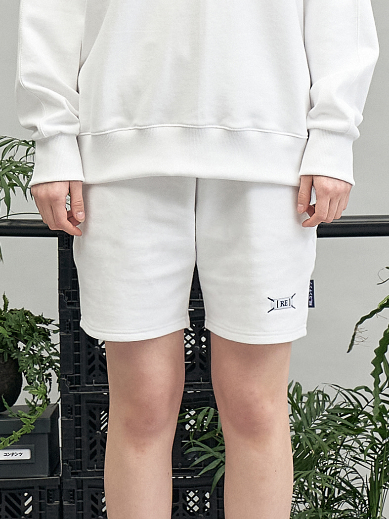 blue weave label shorts (white)